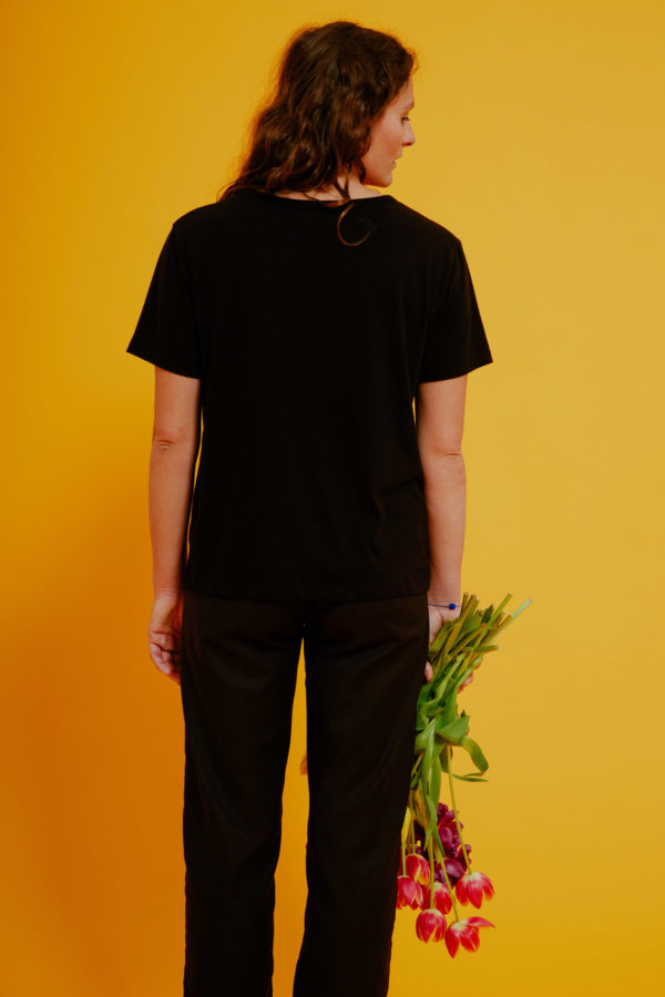 Graine Clothing - T-Shirt Bouton - Couleur Jet Black